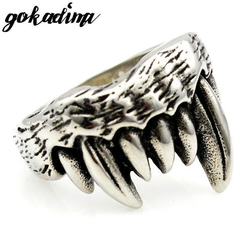 Gothic Fang Ring