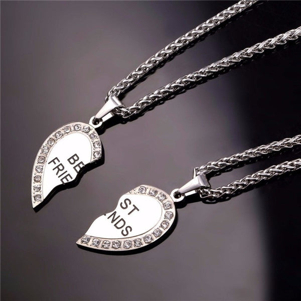 JEWELS - Engraved Heart Necklace's