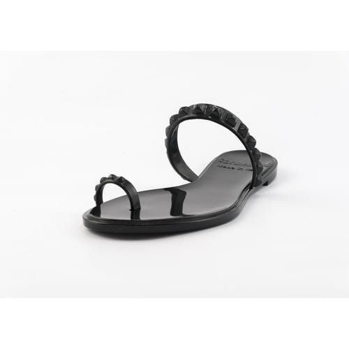 'Maria' Flat Sandals in Black - ANTHILL shopNplay