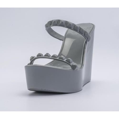 'Tonino' Platform Wedges in Grey - ANTHILL shopNplay
