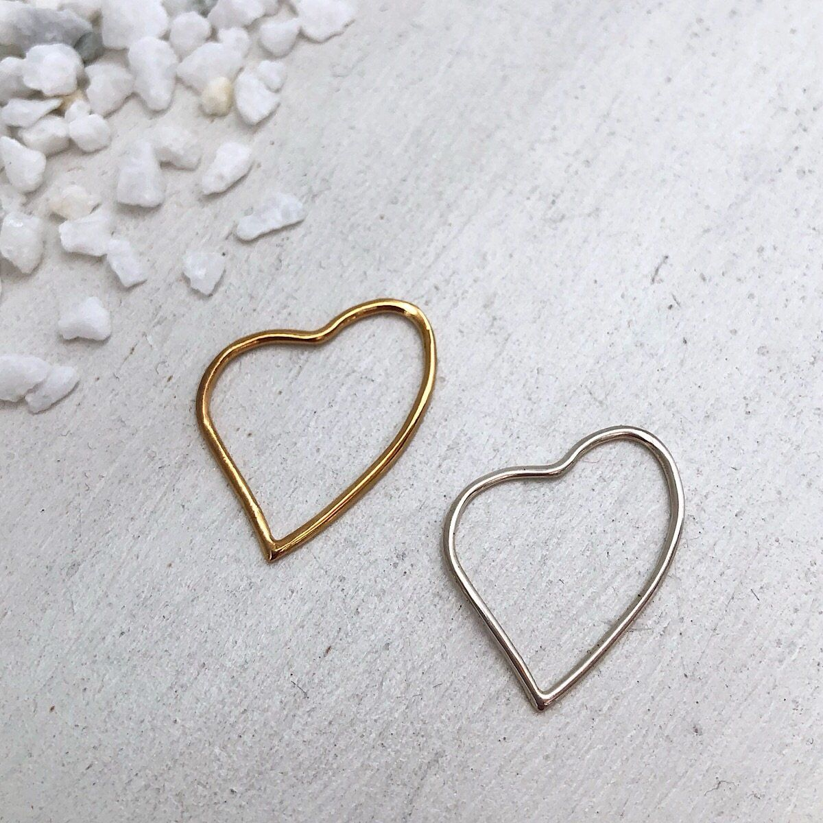 Outline Heart Charm  - IsabelleGraceJewelry