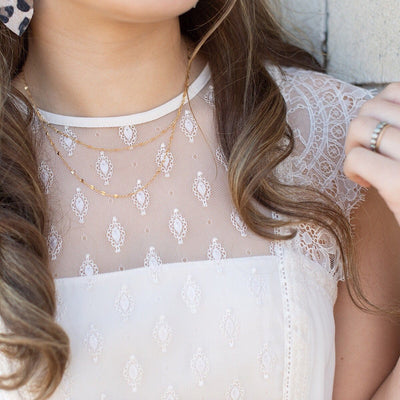 Pretty Lace Drape Necklace