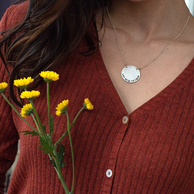 Vida Personalized Disc Necklace  - IsabelleGraceJewelry