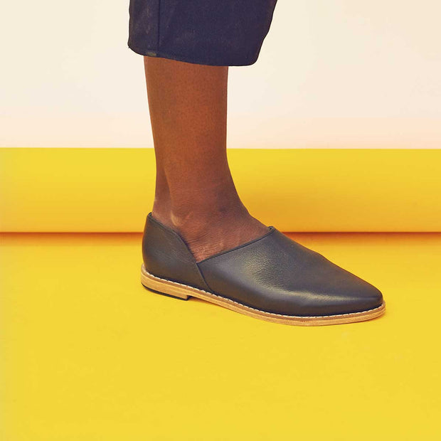 Ausi Slip On In Black