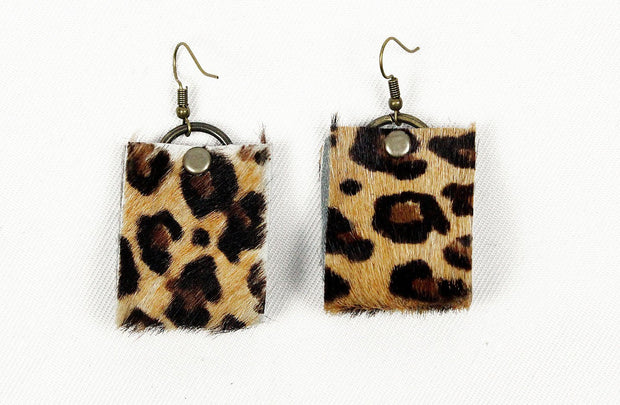 Oba Loop Earrings In Jaguar - Matsidiso South Africa