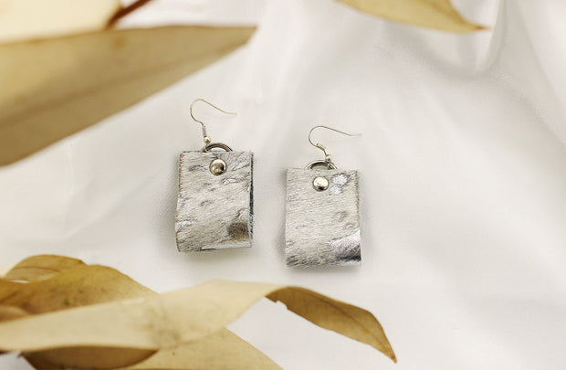 Oba Loop Earrings In Nguni Silver - Matsidiso South Africa