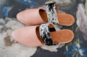 Lea Slider In Rose / Salt Pepper Nguni