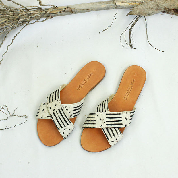 Uma Sandal In White Mud Cloth