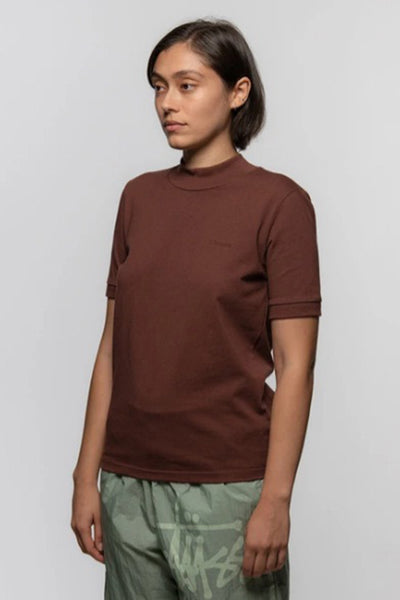 Camiseta Mujer STUSSY S/S EMBROIDERED MOC WOMEN TEE Brown