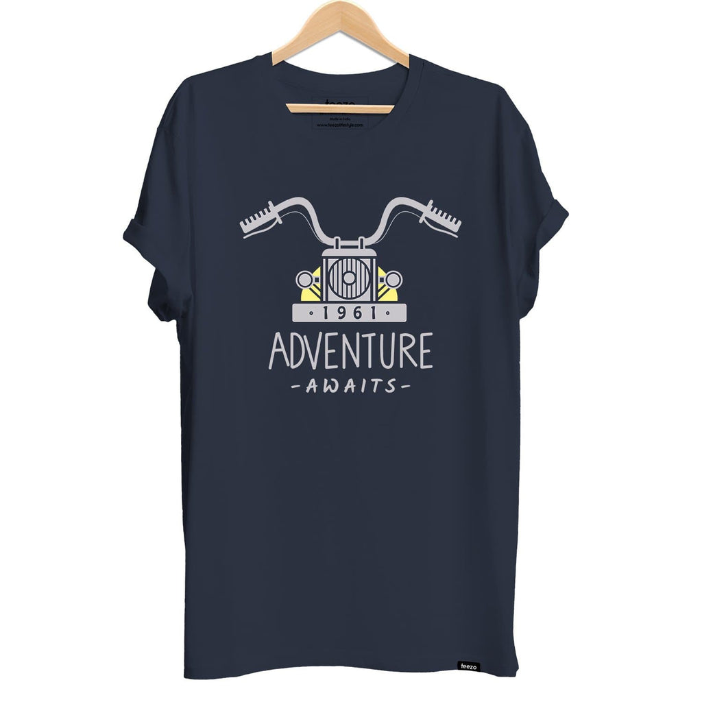 Adventure Awaits Men's T-shirt - Teezo Lifestyle