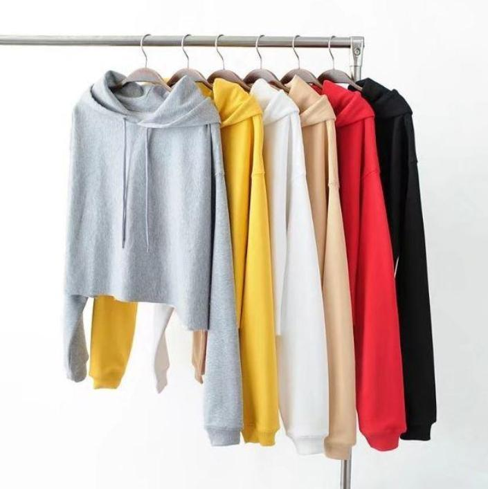 itGirl Shop BASIC SOLID COLOR CROPPED HOODED SWEATSHIRT