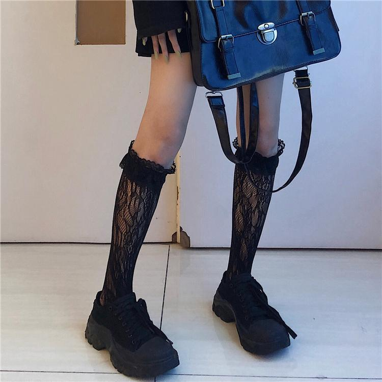 itGirl Shop BLACK LACE GOTH SHORT STOCKINGS + HEART SUSPENDER