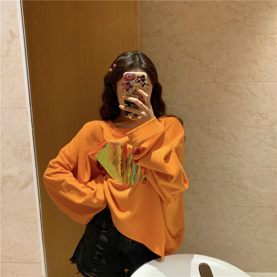 itGirl Shop BLACK ORANGE HOLORGRAPHIC SCREEN PRINT OVERSIZED SWEATSHIRT