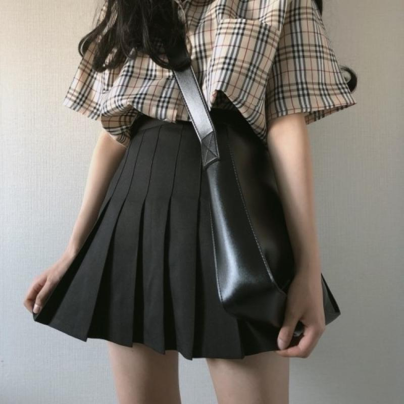 itGirl Shop BLACK PLEATED MINIMALISTIC WITH HIDDEN SHORTS SKIRT