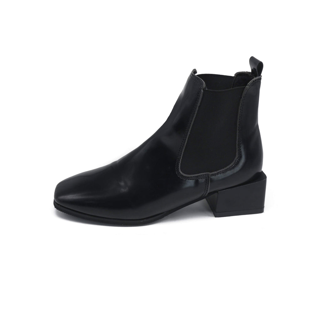 itGirl Shop BLACK SQUARE HEEL CHELSEA BOOTS