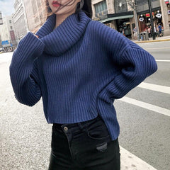 BLUE HIGH COLLAR ASYMMETRIC LENGTH KNITTED SWEATER
