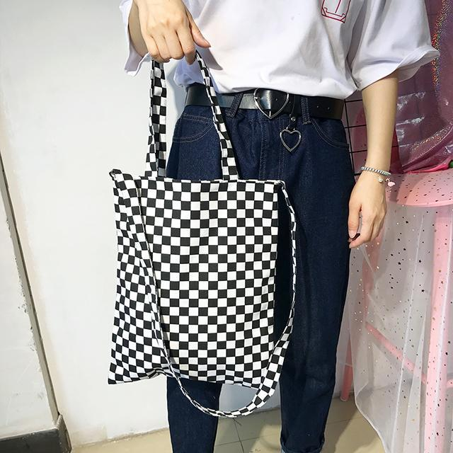 itGirl Shop CHECKER GRID BW TOTE CANVAS BAG