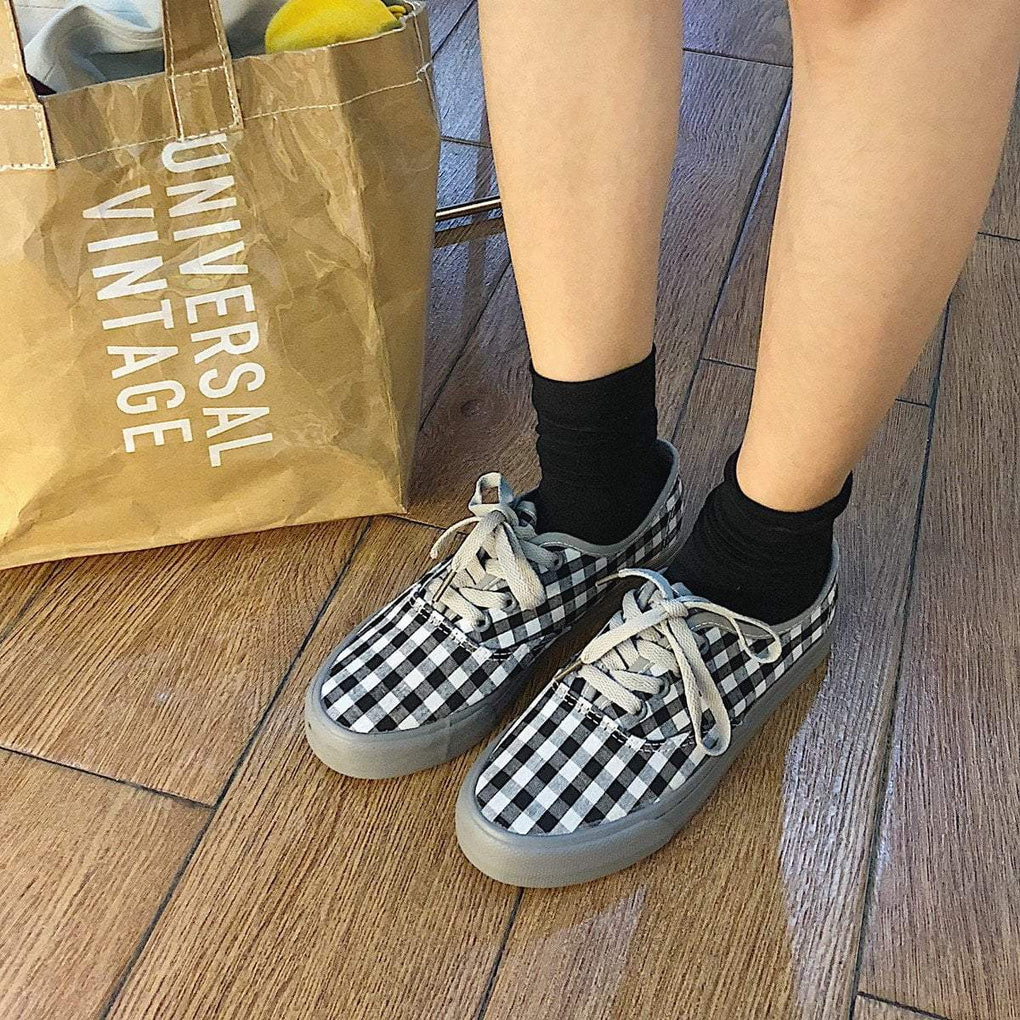 itGirl Shop CHECKERED CANVAS LACE UP FLAT SNEAKERS