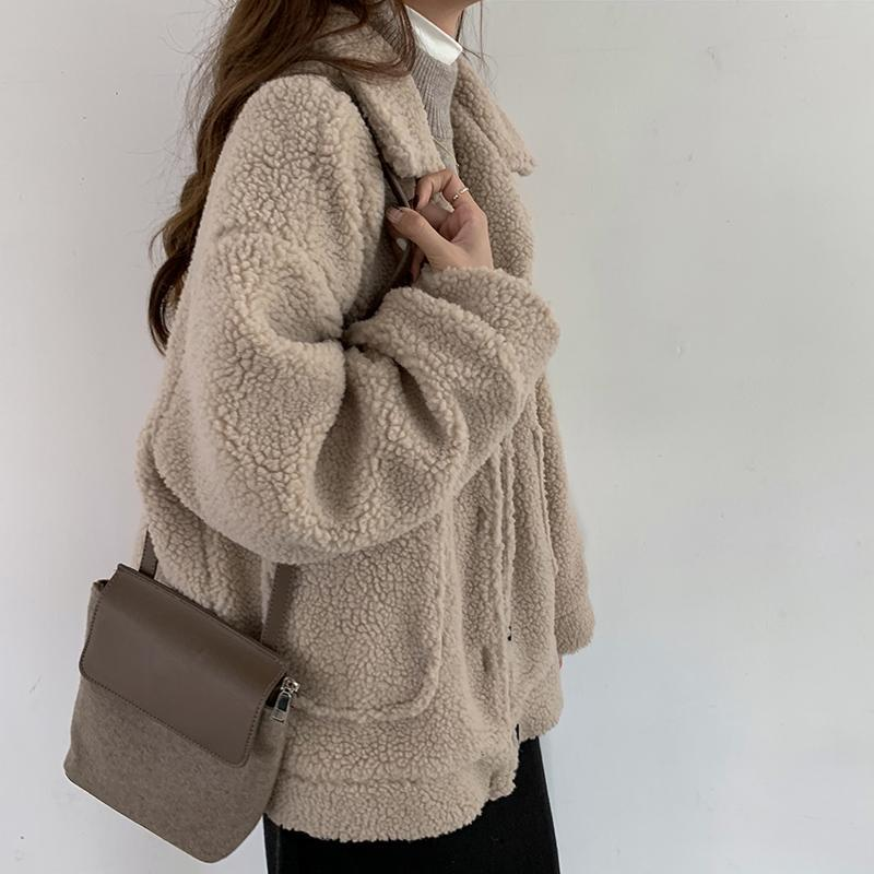 itGirl Shop CURLY FUR BUTTONS BEIGE BLACK BROWN JACKET