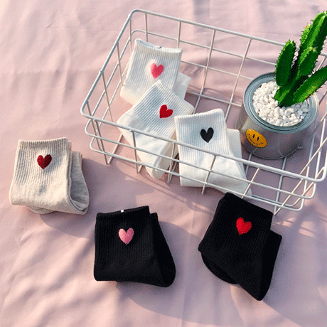 itGirl Shop CUTE SMALL HEARTS ANKLE SOCKS
