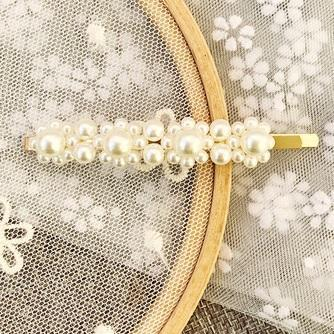CUTE VINTAGE PEARLS RETRO HAIR CLIP
