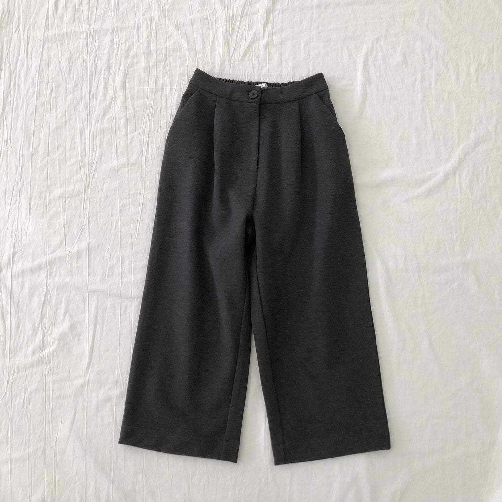 itGirl Shop ELEGANT CAPRI BEIGE BLACK HIGH WAIST PANTS