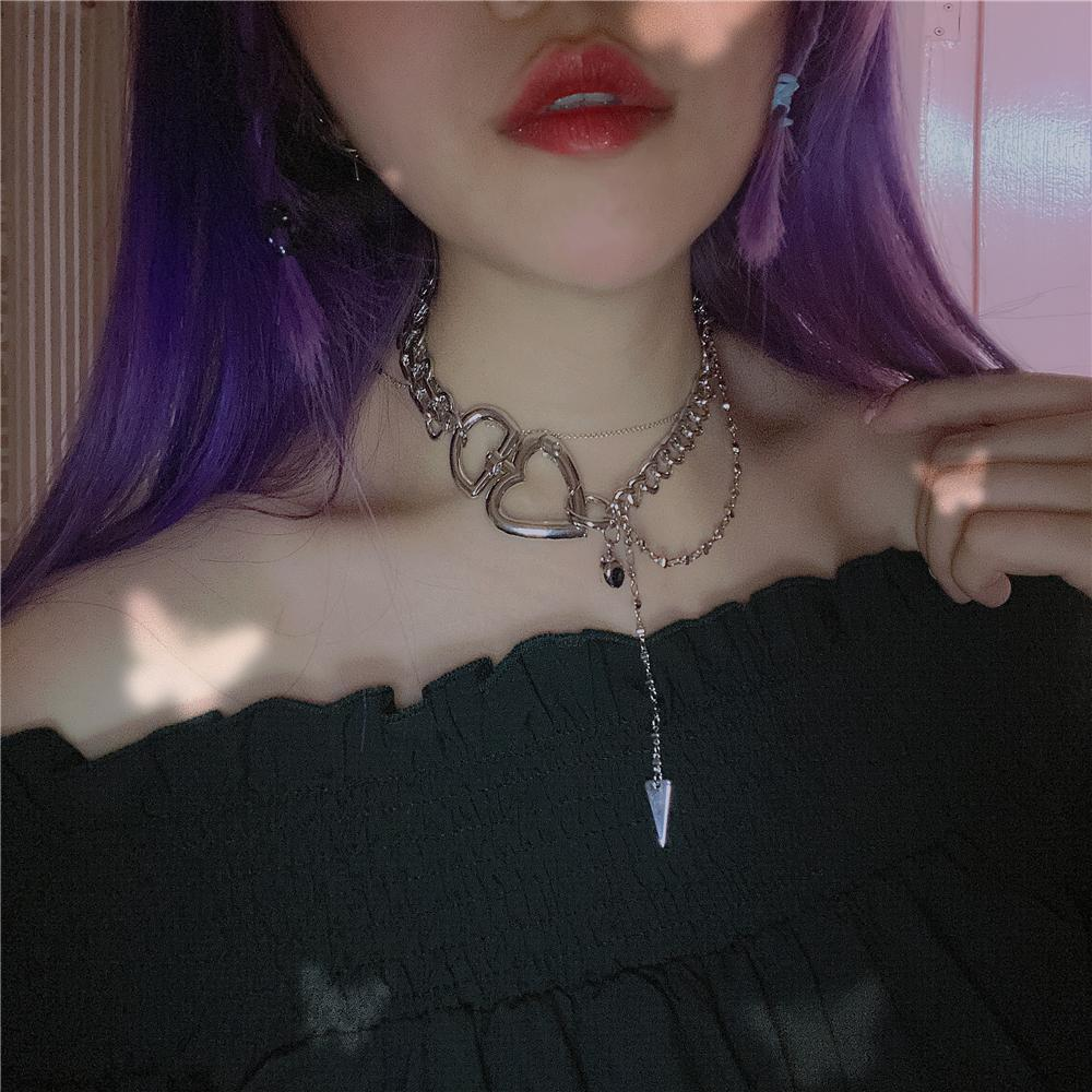itGirl Shop GOTH AESTHETIC HEART CARABIN SILVER CHAIN NECKLACE