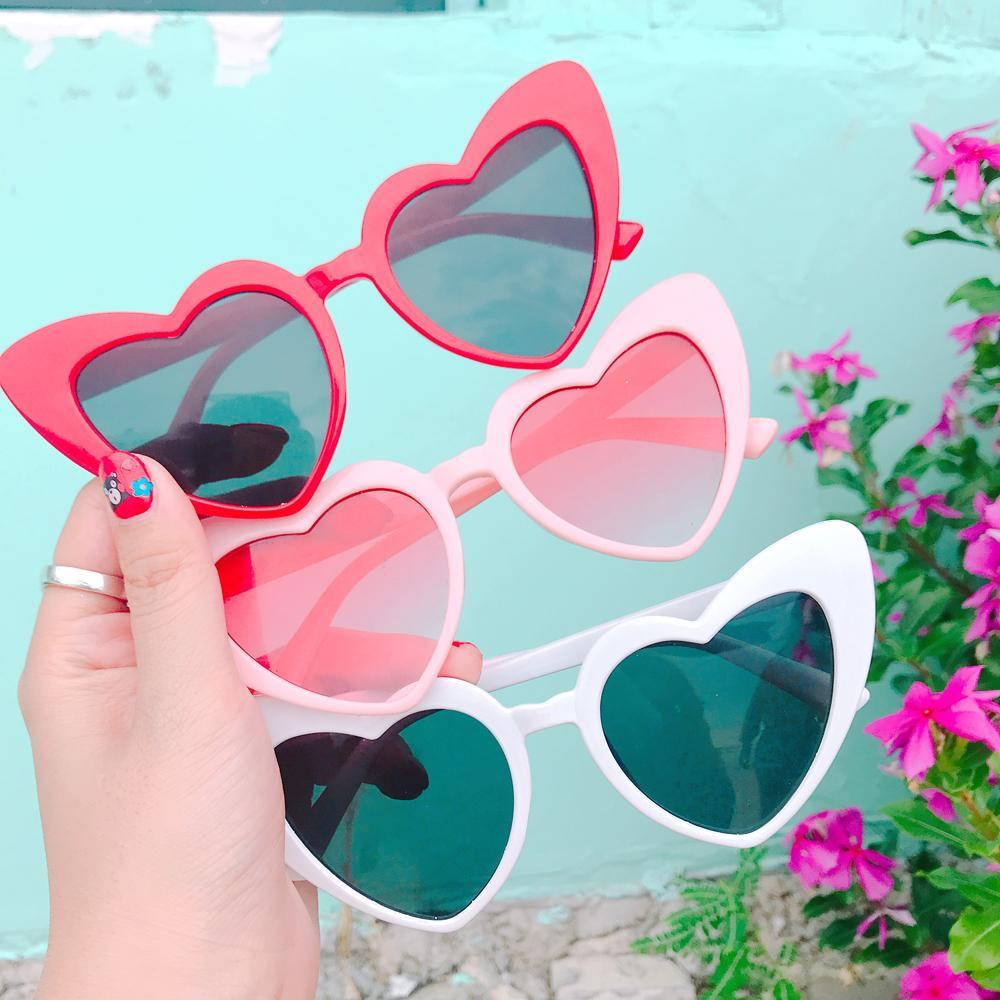 itGirl Shop HIGH ANGLE CORNER HEART SHAPED COLORFUL SUNGLASSES