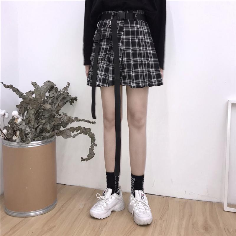 itGirl Shop HIGH WAIST BLACK BELTS PLEATED PLAID SKIRT