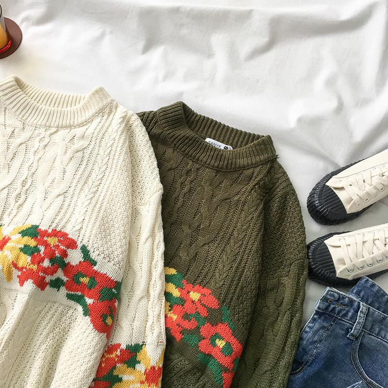 itGirl Shop HOLIDAY WHITE GREEN KNIT BRAIDS WARM SWEATER