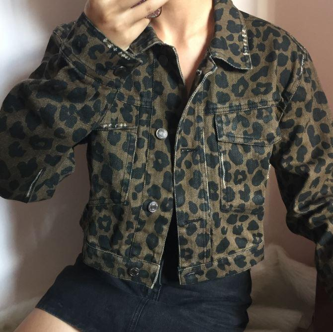 itGirl Shop LEOPARD ANIMAL PRINT DENIM SHORT JACKET