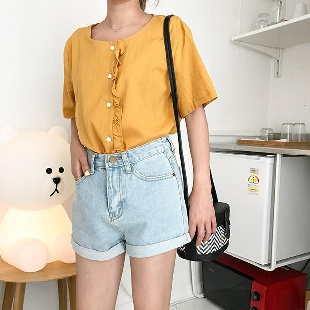 itGirl Shop LIGHT JEAN BLUE CASUAL FOLDED HIGH WAIST SHORTS