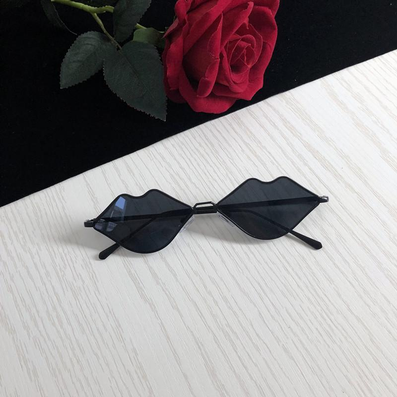 itGirl Shop LIPS FORM THIN METALLIC FRAME SUNGLASSES