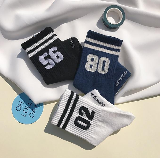 itGirl Shop LUCKY SPORT TEAM NUMBERS ANKLE COLORSFUL SOCKS