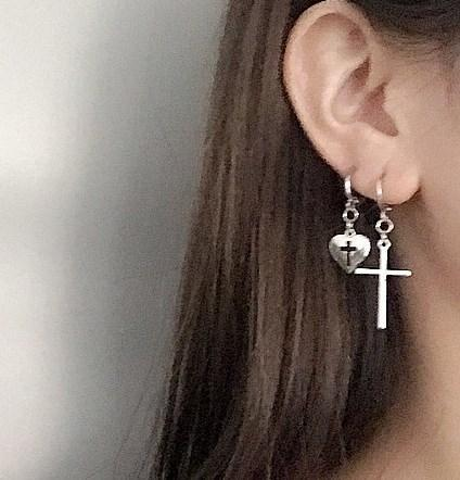 METALLIC PUNK STYLE HEART CROSS EARRINGS