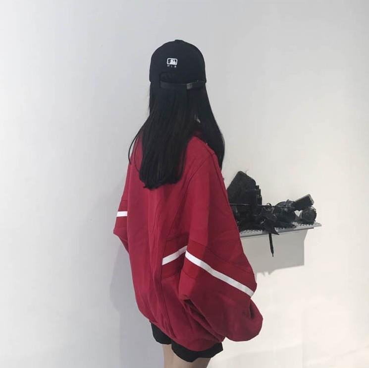 itGirl Shop OVERSIZE SPORTY LINES BLACK RED HOODED SWEATSHIRT