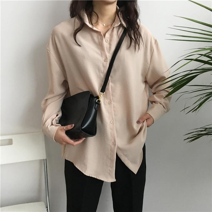OVERSIZED BEIVE BUTTONS COLLAR LONG BLOUSE