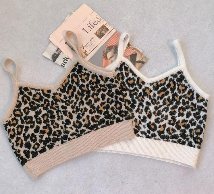 itGirl Shop PLUSH LEOPARD ANIMAL PRINT CROP TOP
