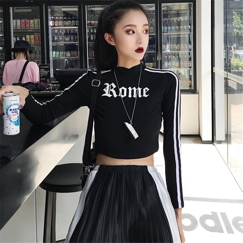 itGirl Shop ROME PRINT SIDE LINES BLACK CROPPED LONG SLEEVE TOP