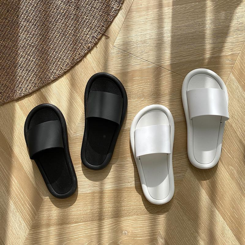 itGirl Shop SIMPLE BLACK WHITE RUBBER OPEN TOE SLIPPER SANDALS