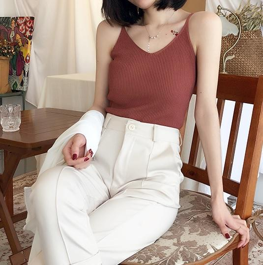 SOFT AESTHETIC SLIM RIBBED KNIT SLEEVELESS TOP
