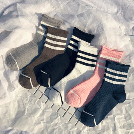 itGirl Shop SPORTISH LINES MIDDLE HIGH ANKLE NATURAL COLORS SOCKS