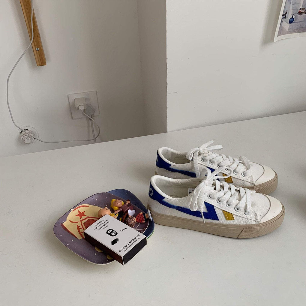 SPORTY RETRO SIDE LINES CANVAS SNEAKERS