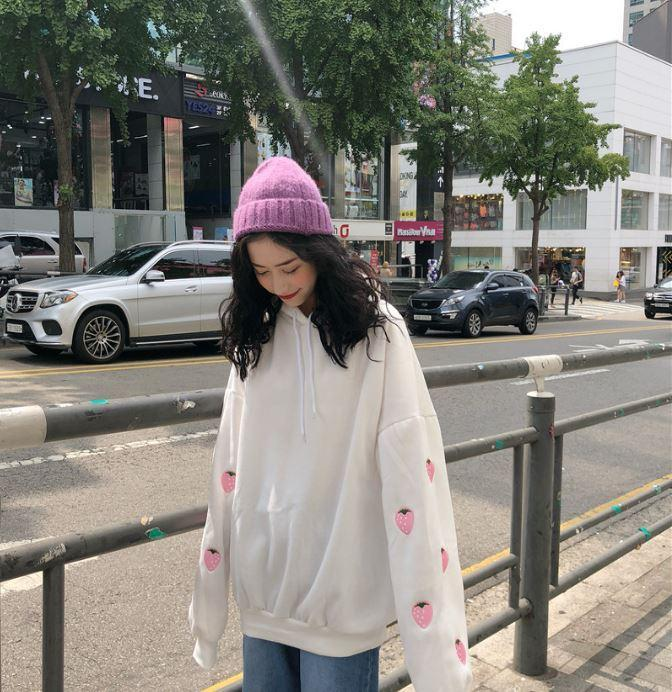 itGirl Shop STRAWBERRY EMBROIDERED SLEEVE HOOD OVERSIZED SWEATSHIRT