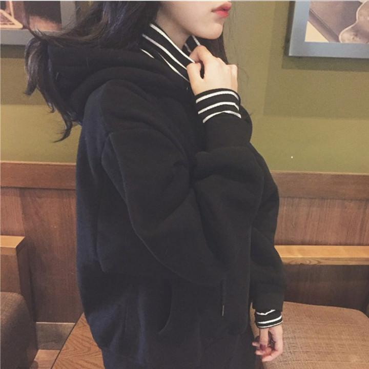 itGirl Shop STRIPES UNDERNEATH BLACK WHITE LONG SLEEVE HOODIE