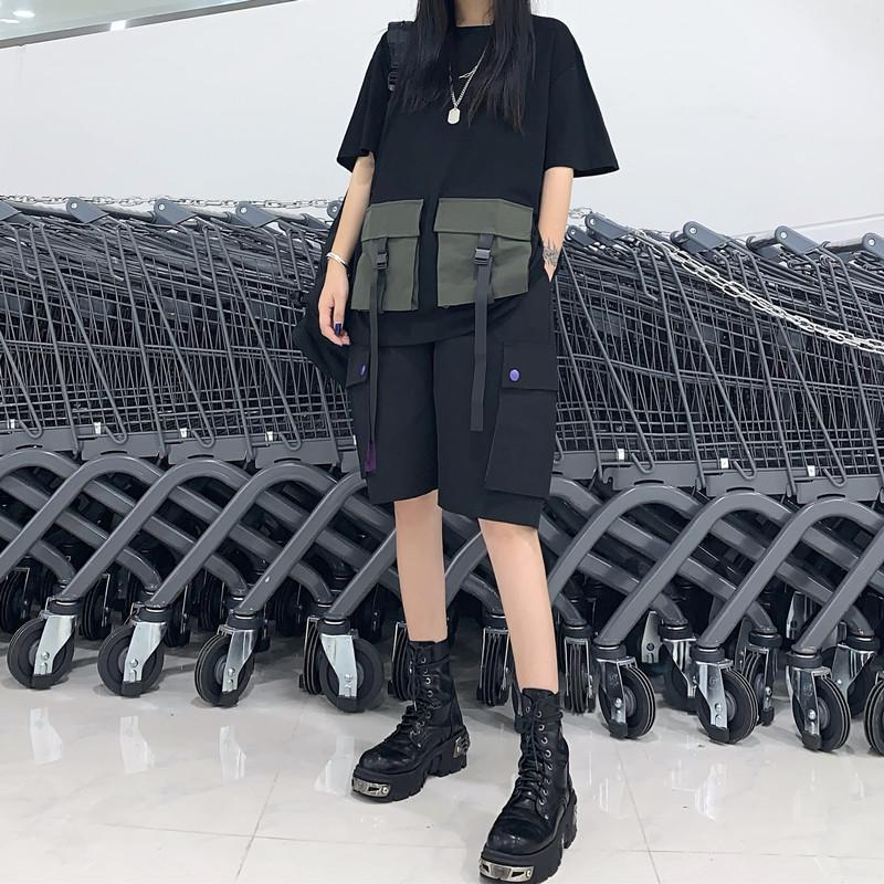 TWO PIECE GRUNGE AESTHETIC BLACK LOOSE T-SHIRT + BLACK SHORTS