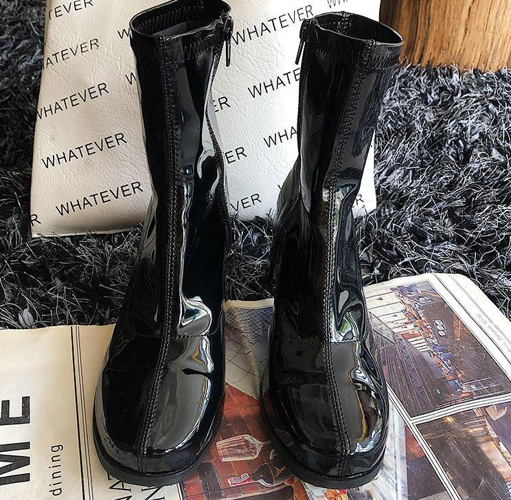VINYL SHINE BLACK SQUARE THICK HEEL SOCK BOOTS