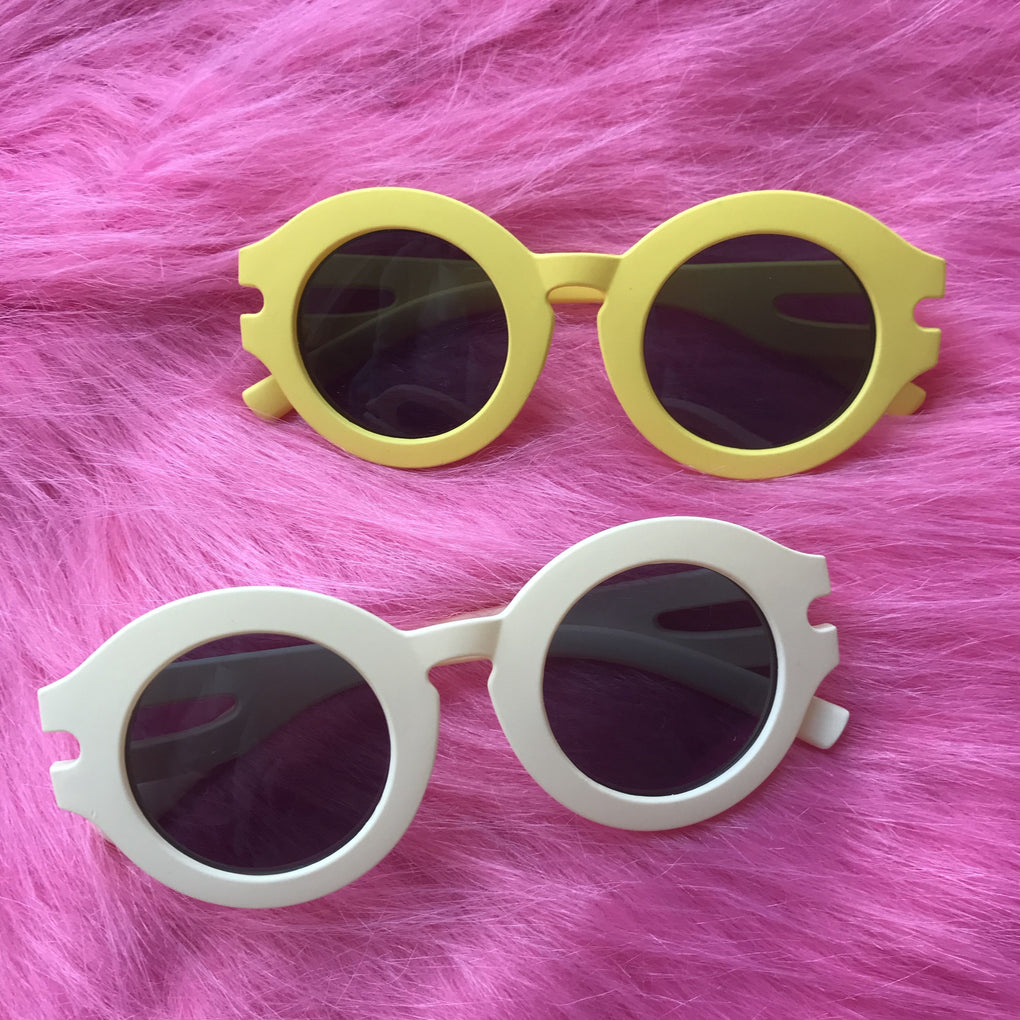 itGirl Shop VSALE ROUND THICK PLASTIC FRAME YELLOW WHITE SUNGLASSES