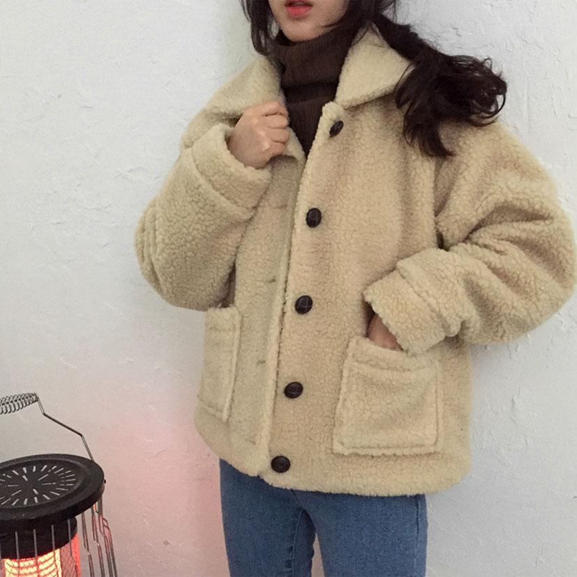 itGirl Shop WARM CURLY OUTWEAR FAUX FUR BEIGE BLACK JACKET
