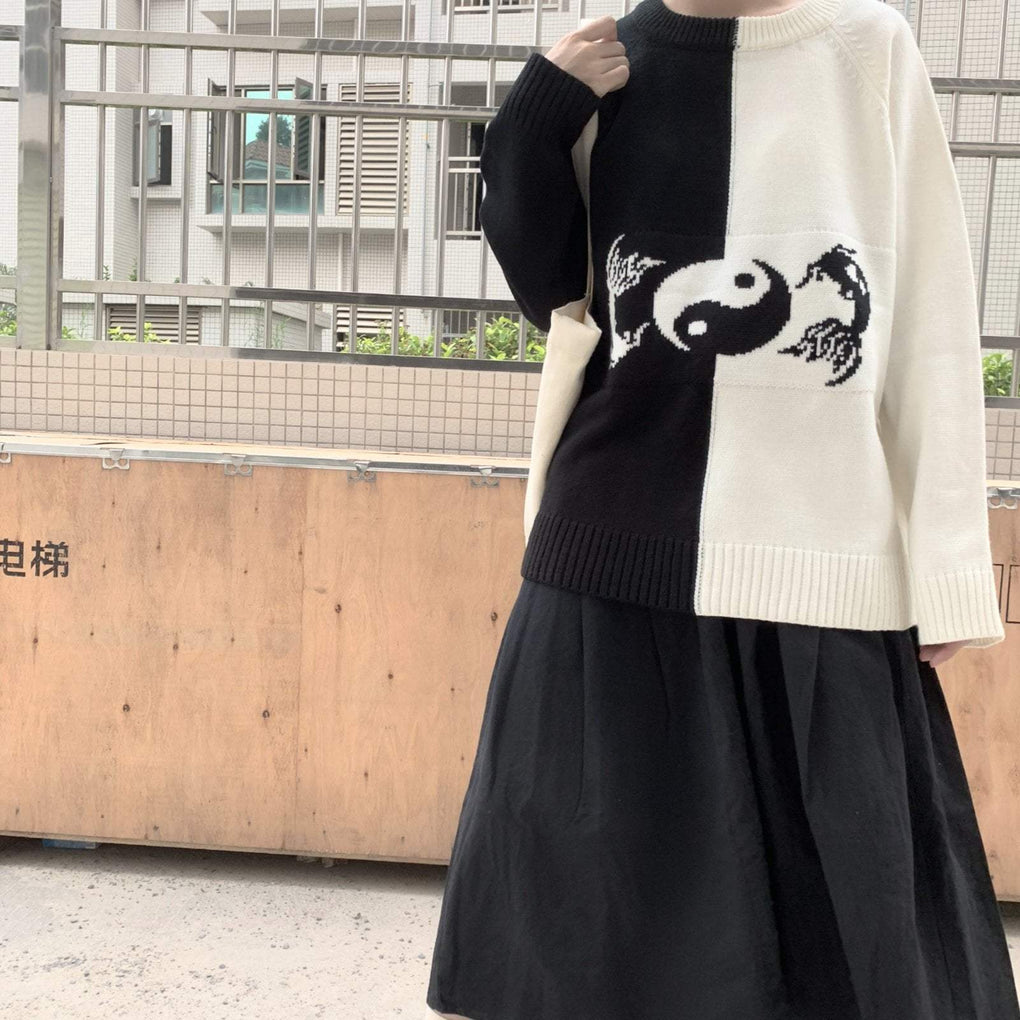itGirl Shop WHITE AND BLACK YIN YANG EMBROIDERED OVERSIZED SWEATER